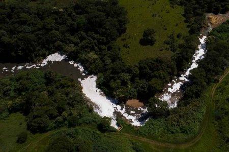 Aterro Sanitário de Brasília (ASB) próximo ao rio Melchior