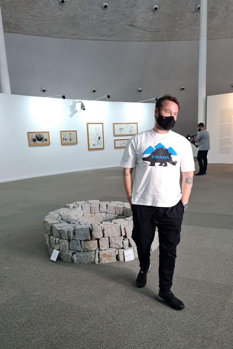 Artista plástico Marcos Amaro