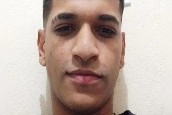 Victor Ferreira, de 21 anos