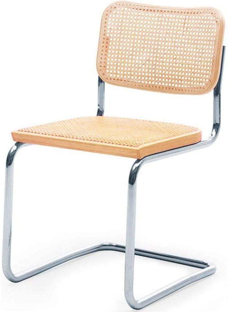 Cadeira cromada em madeira clara, da Sun House