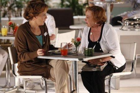 Iná (Nicette Bruno) e Eva (Ana Beatriz Nogueira) em A Vida da Gente