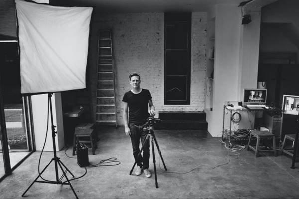 Bryan Adams em estúdio