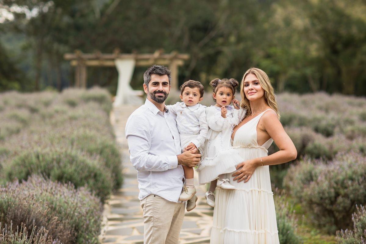 Chá revelação Samira Badaró e Conrado Clemente