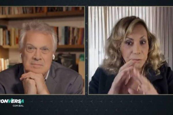 Pedro Bial conversando com Arlete Salles por vídeo