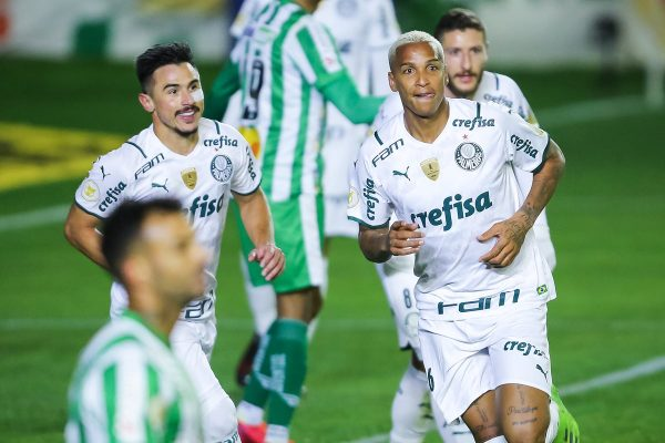 Deyverson e Willian Palmeiras