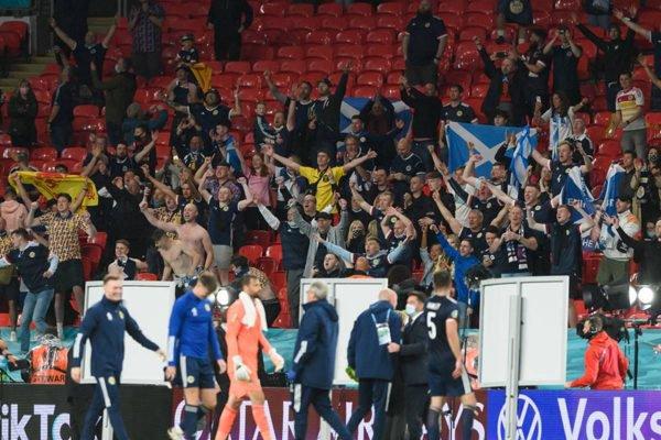 Público no estádio durante Eurocopa