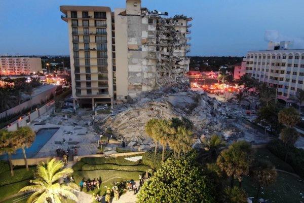 prédio desaba em Miami