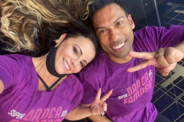 Viviane Araujo e Rodrigo Oliveira