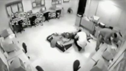 Escola usa tratamento de choque, nos EUA
