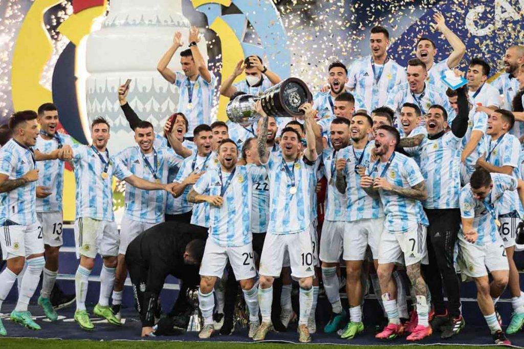 Em grande estilo, Messi finalmente vence seu 1º título pela Argentina