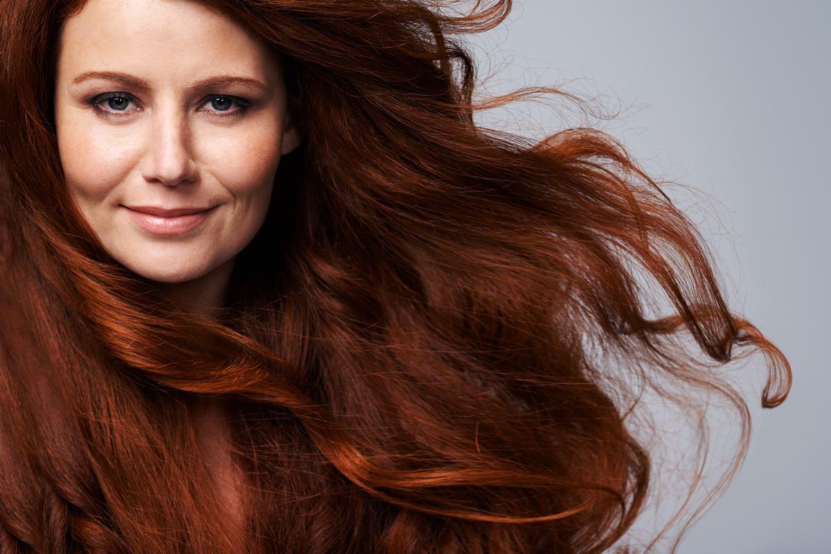 Mulher cabelo grande