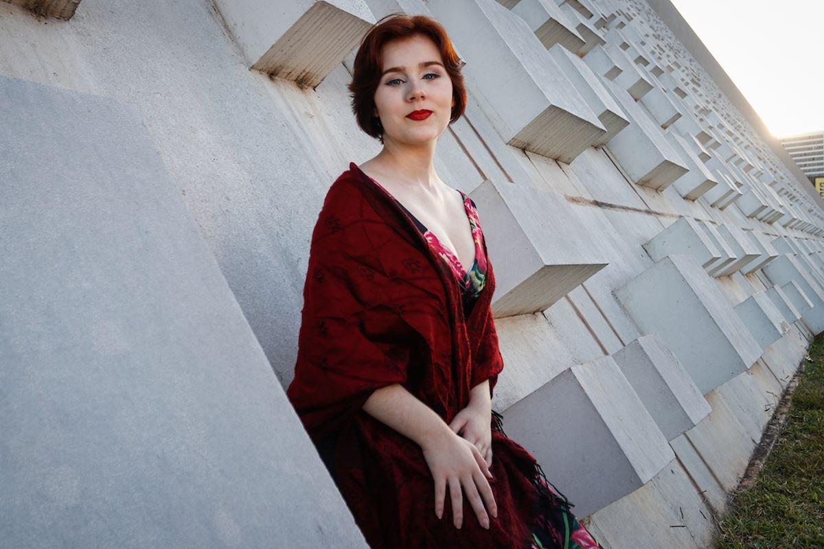 Entrevista com a cantora lírica Manuela Korossy