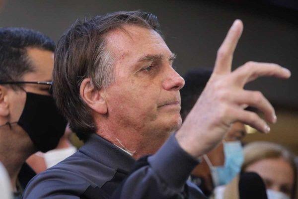 Após quatro dias internado, Bolsonaro deixa hospital em São Paulo