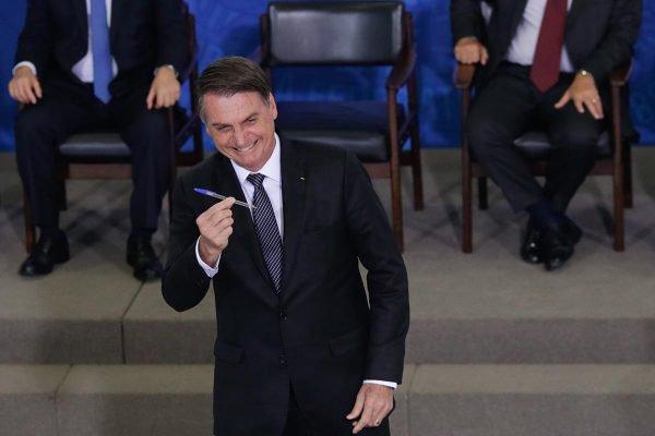 Presidente Jair Bolsonaro - Solenidade de Sanção da Lei da Empresa Simples de Crédito. Br