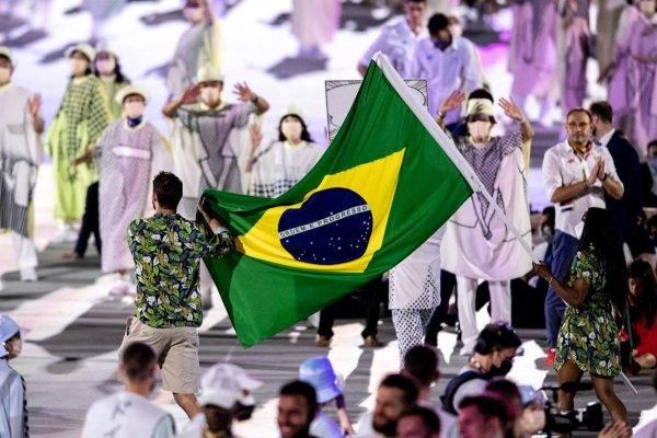 Delegação brasileira na abertura das Olimpíadas
