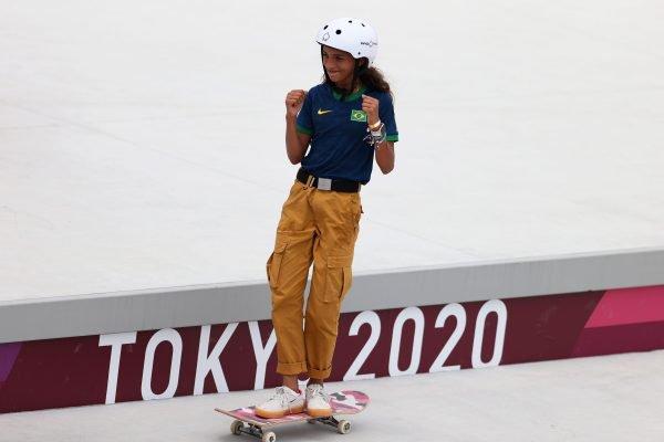 Rayssa Leal é uma skatista brasileira, medalhista olímpica