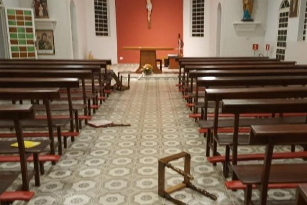 Igreja Sagrada Família, em Bonito, MS