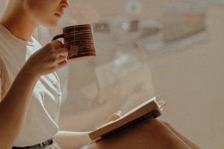 Pausa - chá e livro