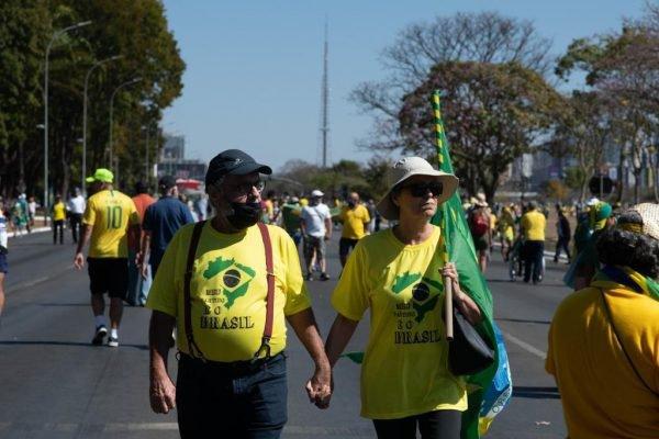 manifestantes esplanada