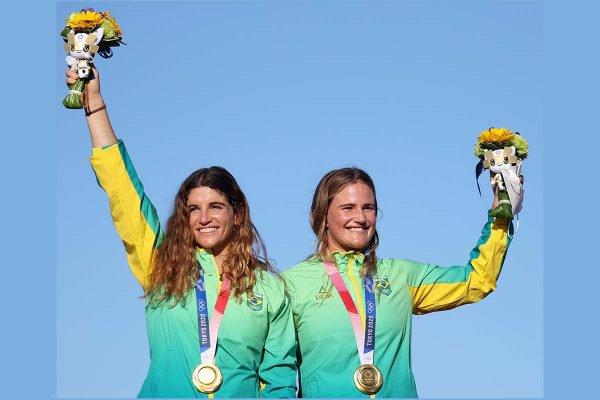 É ouro! Martine Grael e Kahena Kunze são bicampeãs olímpicas na vela