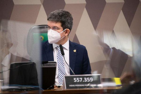 Vice-presidente da CPI da Covid, Randolfe Rodrigues