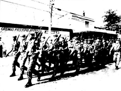 Em 1994, soldados do Exército fazem a proteção de zona eleitoral sob responsabilidade de Fux, em meio a fraudes