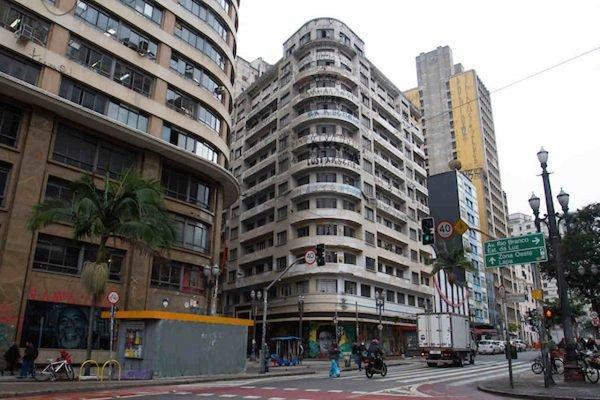São Paulo zera notificação de imóveis ociosos