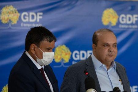 Após reunião do IX Fórum Nacional de Governadores no Palácio do Buriti, os Governadores Ibaneis Rocha do Distrito Federal e Wellington Dias do Piauí 8