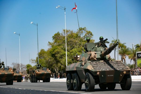 Cerimônia de comemoração do dia do soldado no Quartel General do Exército agenda bolsonaro militares