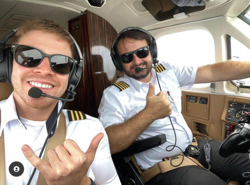 O piloto Celso Elias Carloni e o copiloto Giovani Gulo também morreram