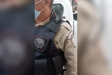 guarda municipal em abordagem a entregador no rio de janeiro