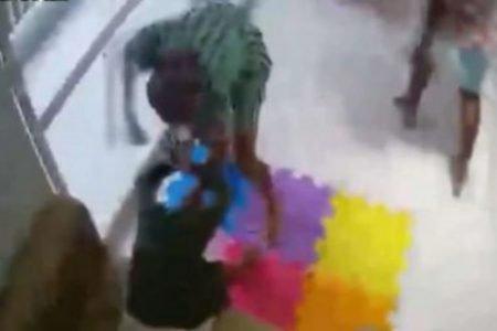 Babá pula de 3º andar em Salvador