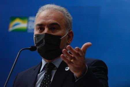 Ministro Marcelo Queiroga fala da suspensao da vacina contra Covid da empresa Pfizer para adolescentes, em coletiva de imprensa no Ministério da Saúde
