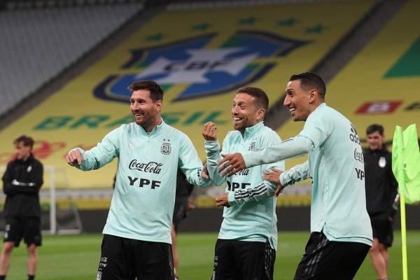 Messi, Papu Gómez e Di María