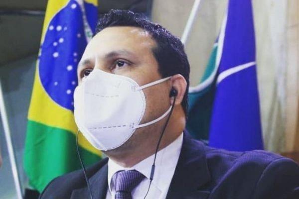 Thiarles Santos