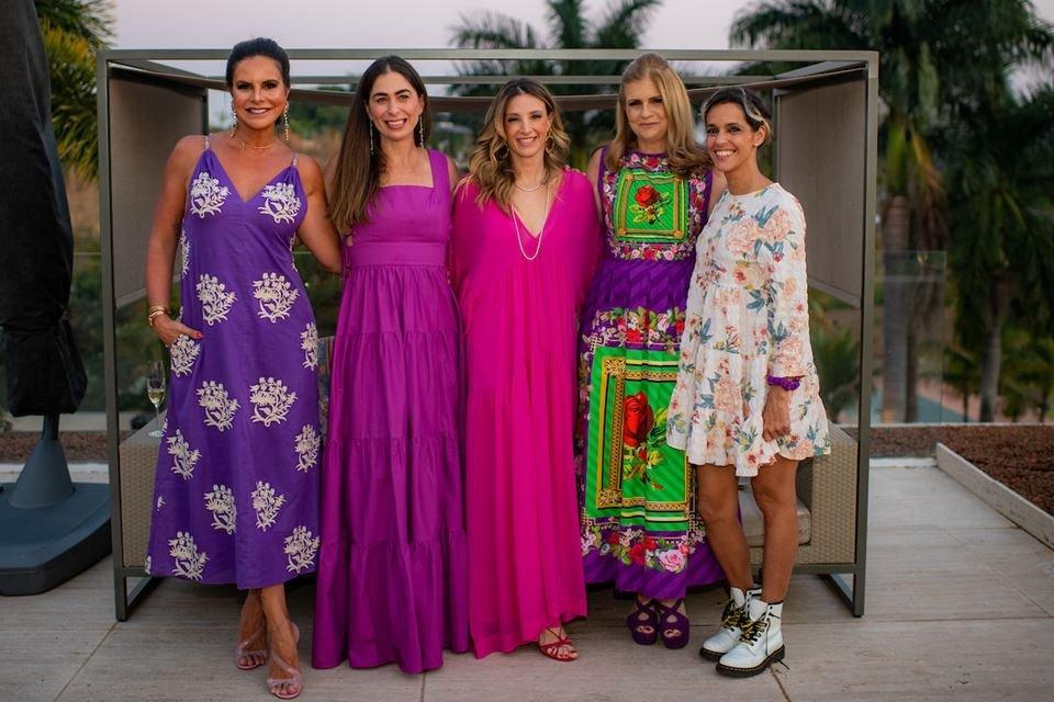 Claudia Salomão, Caroline Collor, Mayra Perin, Glaucia Benevides e Ilca Maria Estevão