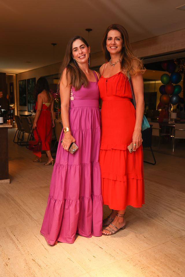 Caroline Collor e Thaienne Fernandes