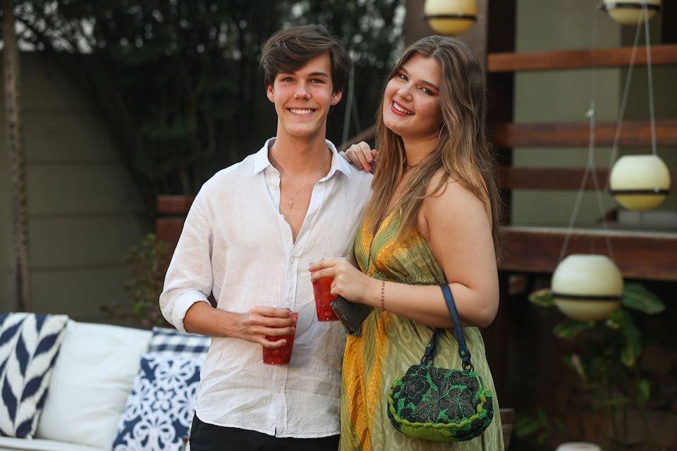 Vinícius Ferreira e Gabrielle Weyne