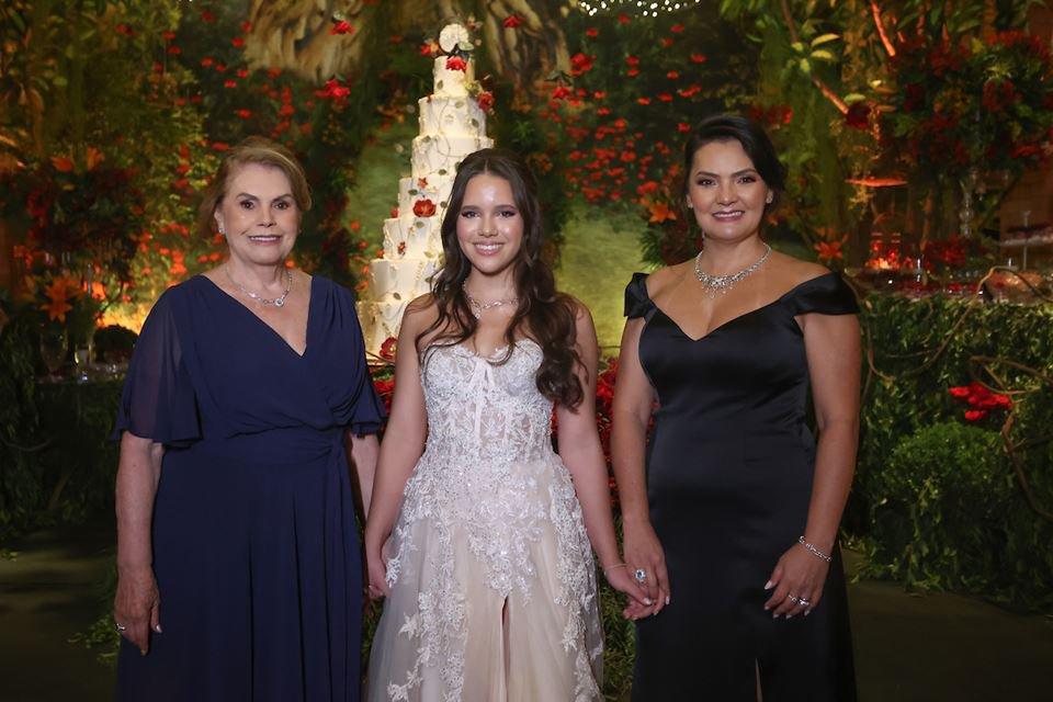 Lola, Maria Luiza e Danielle Lim