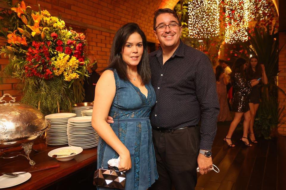 Catherine Aviz e Rafael Barbosa