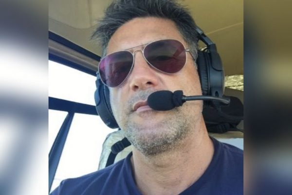 Adonis Lopes Oliveira, piloto sequestrado