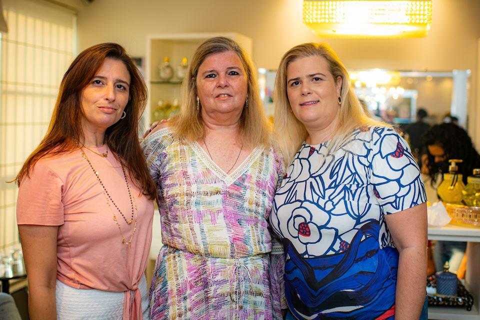 Isabela Naoum, Beth Naoum e Renata Naoum