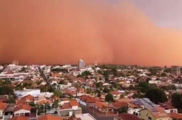 Nuvem de areia atingiu cidades do interior de São Paulo e Minas Gerais