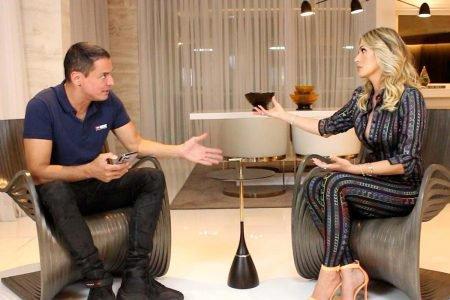 Leo Dias entrevista Livia Andrade