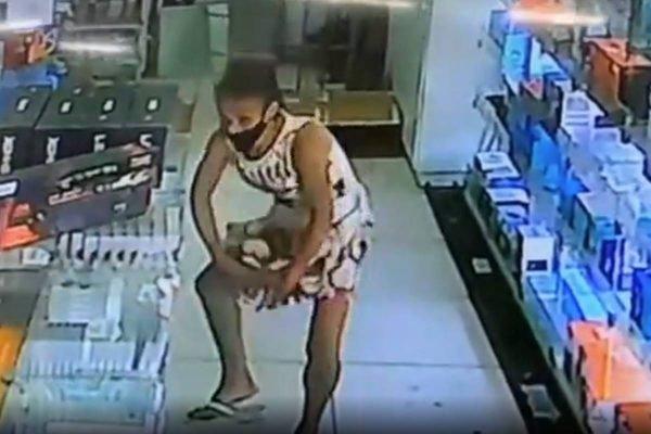 mulher furta loja e esconde produto embaixo do vestido em goiânia