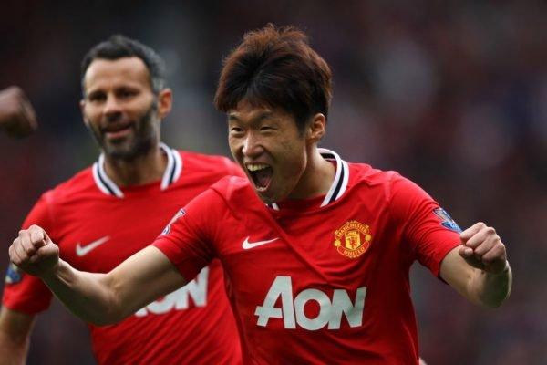 Park Ji-Sung comemorando gol pelo Manchester United