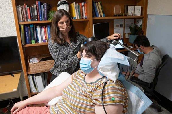 Mulher de 36 anos com depressão severa melhora após tratamento inovador
