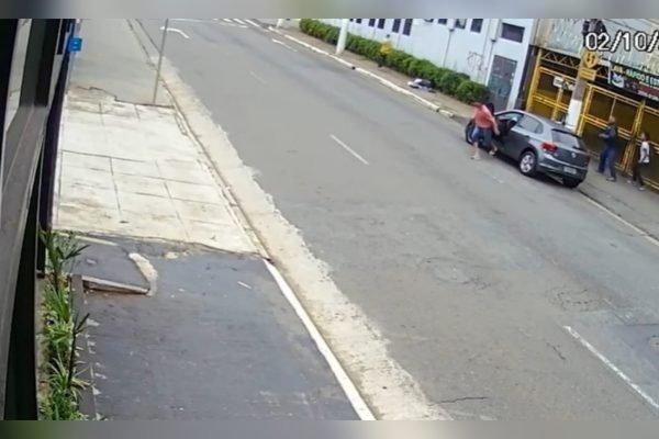 Mulher é estuprada dentro do próprio carro na Vila Madalena (SP)