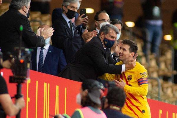 Joan Laporta e Lionel Messi