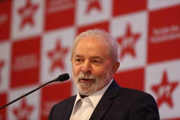 Lula em coletiva em Brasília